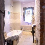 2015_07_Upstairs_Bath_View 001